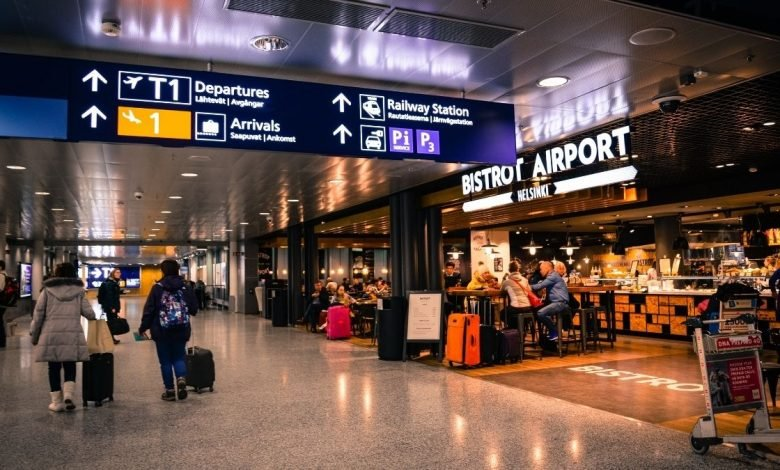 According to Fitch, global airport traffic rebounds but recovery years away (1)