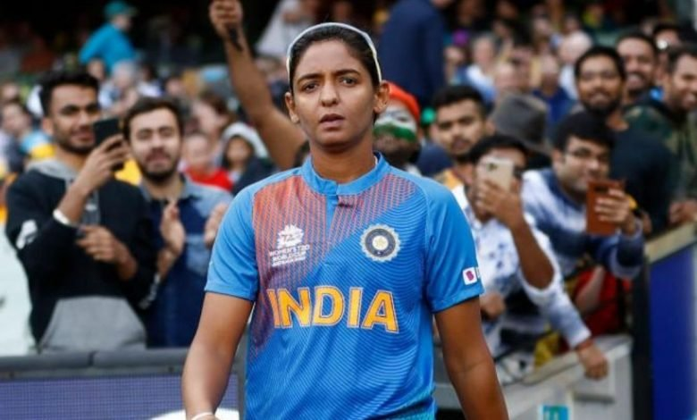 India batswoman Harmanpreet shared a picture of herself sporting the Test jersey (1)