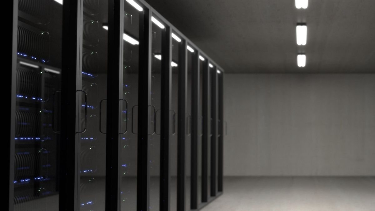 _Savills report state the real estate demand for data centers to increase by 15-18 million sq ft (2)