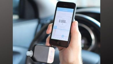 Smartphone breathalyzer alcohol