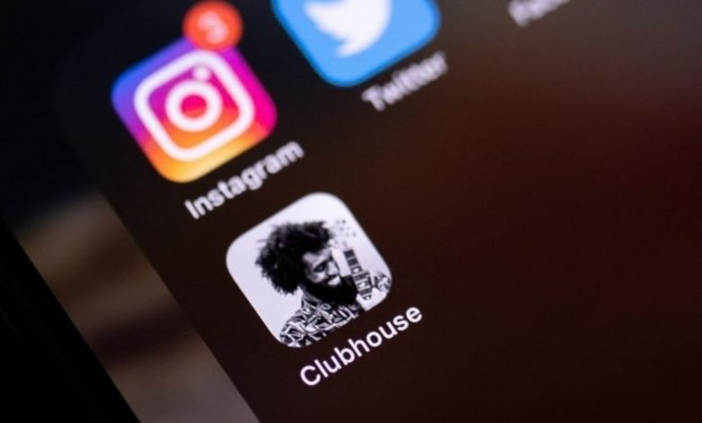Now Clubhouse user can link their Instagram and Twitter accounts to their profiles (1)