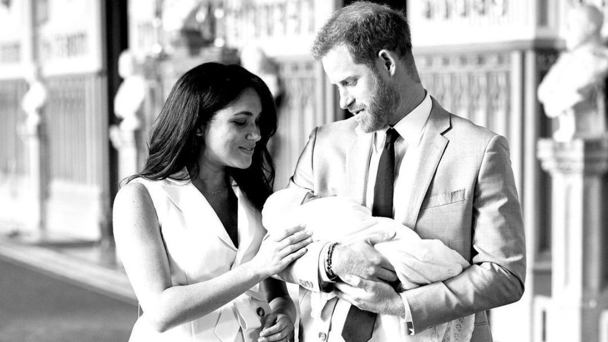 Prince Harry and Meghan Markle, have announced the birth of their daughter (1)