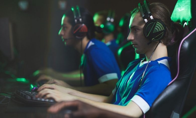 Study says commercial video games could help treat mental health issues (2)
