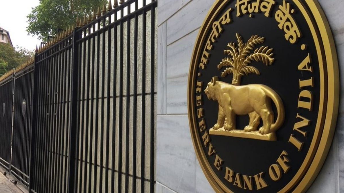 The personal loans sector registered an accelerated growth of 11.9 percent in June 2021: RBI