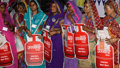 Modi Launches Ujjwala 2.0 Scheme, Congress Asks To Give Rs 400 To Buy Cylinders