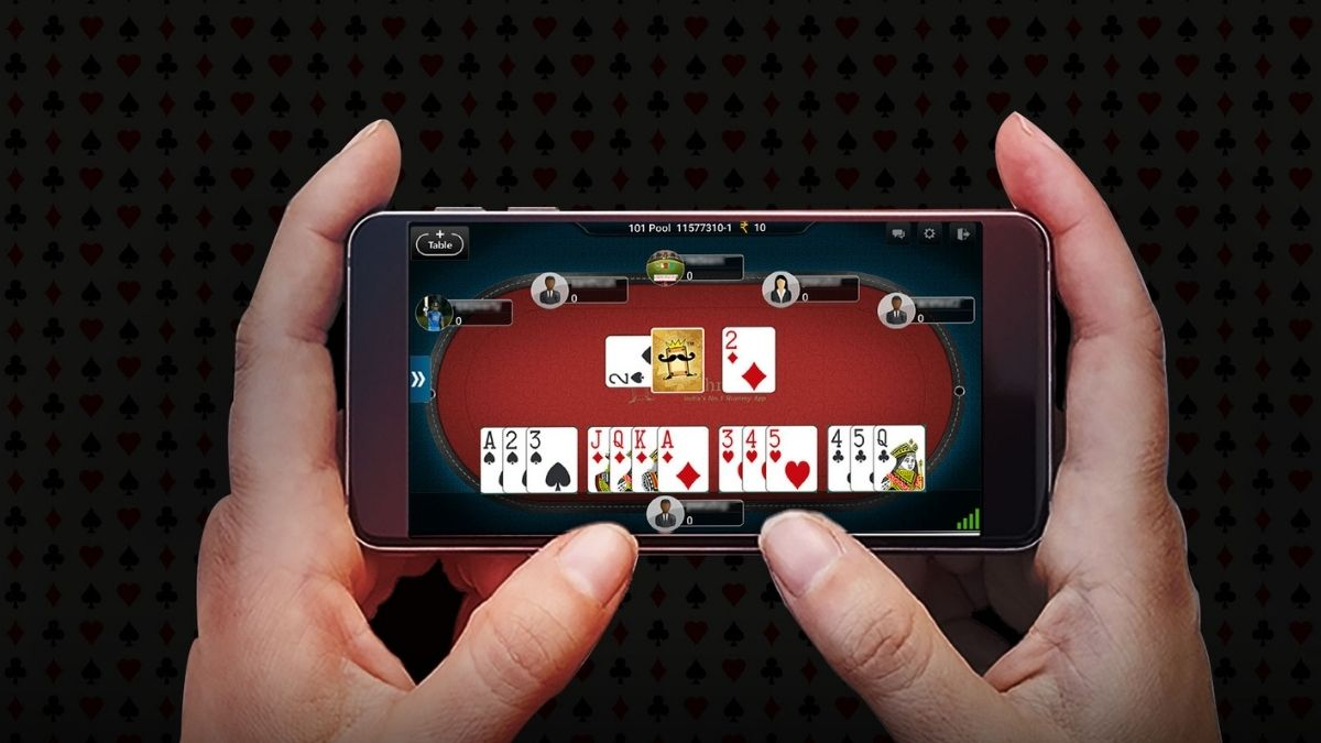 The Kerala High Court termed the Kerala government's notification to ban online rummy was unconstitutional.