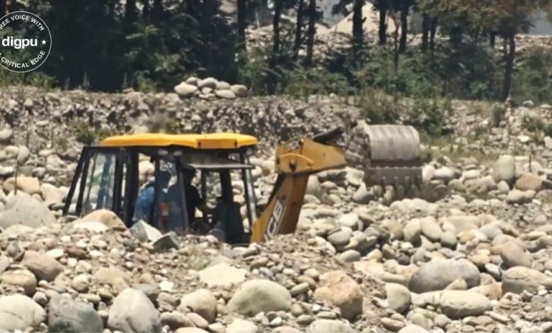 Authorities dismally fail to prevent illegal mineral extraction in southern Kashmir