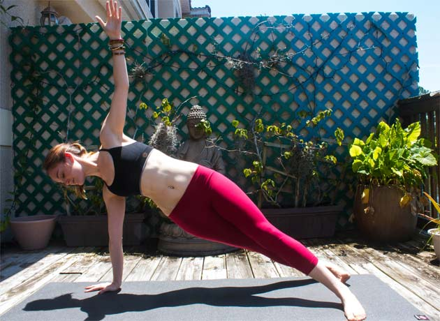 3 Yoga-Approved Moves for Flat Abs