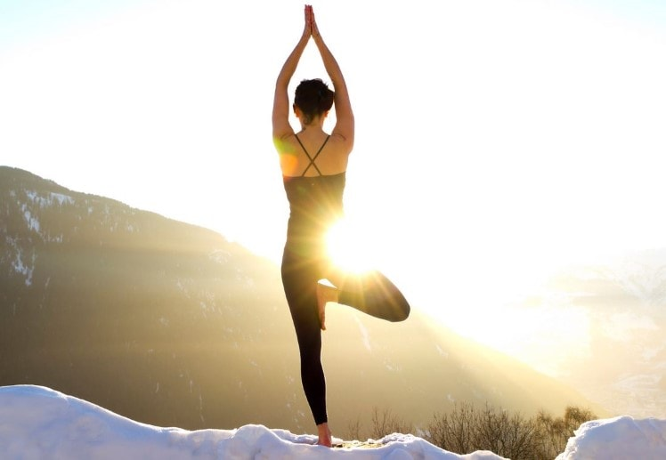 5 Ways To Sneak Yoga Into Your Holiday Travels