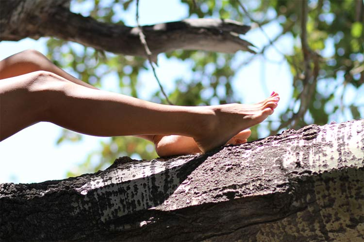 6 Simple Tips To Have Happy Feet