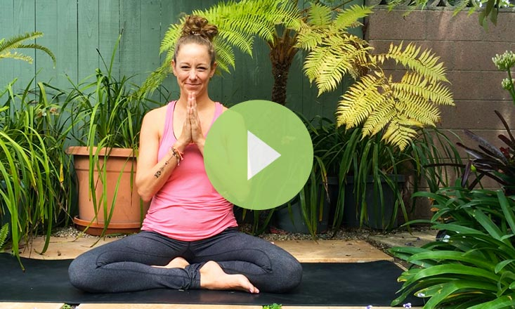 A Short Meditation to Find Space Between the Breath (VIDEO)