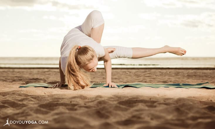 Should You Set Yoga Goals, or Just Go for Growth?