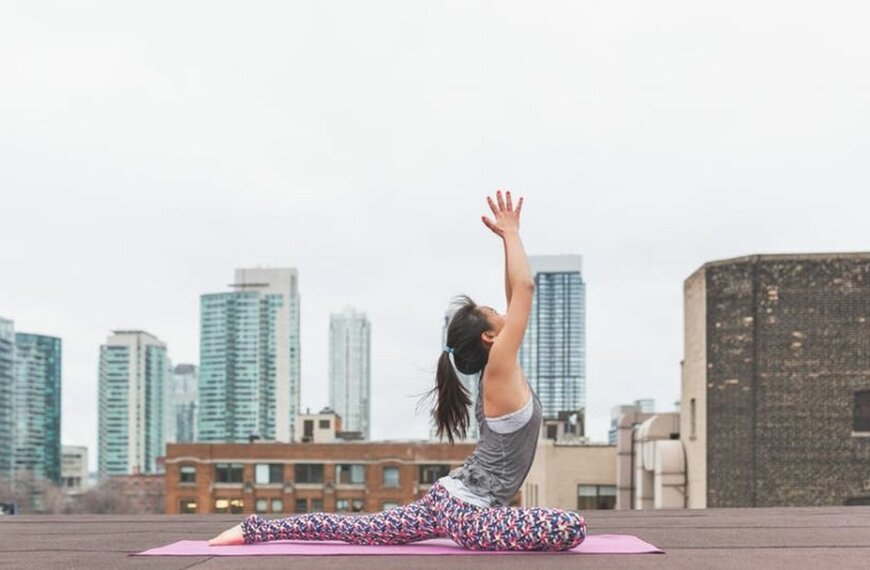 The Transformative Power of Yoga Throughout Life's Main Stages