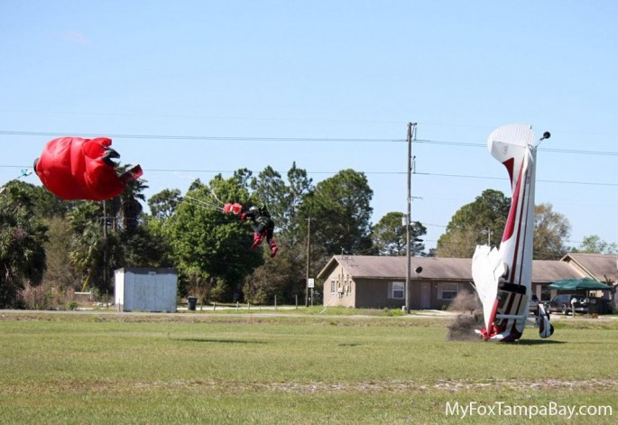 skydiver-and-airplane-collision-10