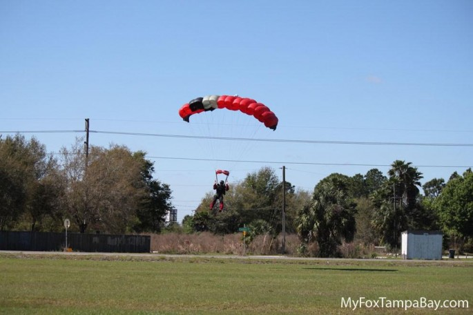 skydiver-and-airplane-collision-2