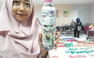 Meyta just ecobricked 230 g of plastic out of the Semarang, Indonesia biosphere…