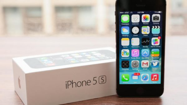 iPhone 5s Clearances Sales from RM1299