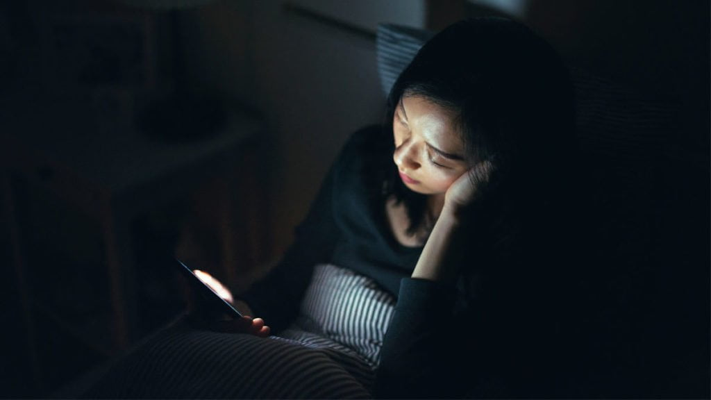The blue night light is directly connected to weight gain and diabetes risk
