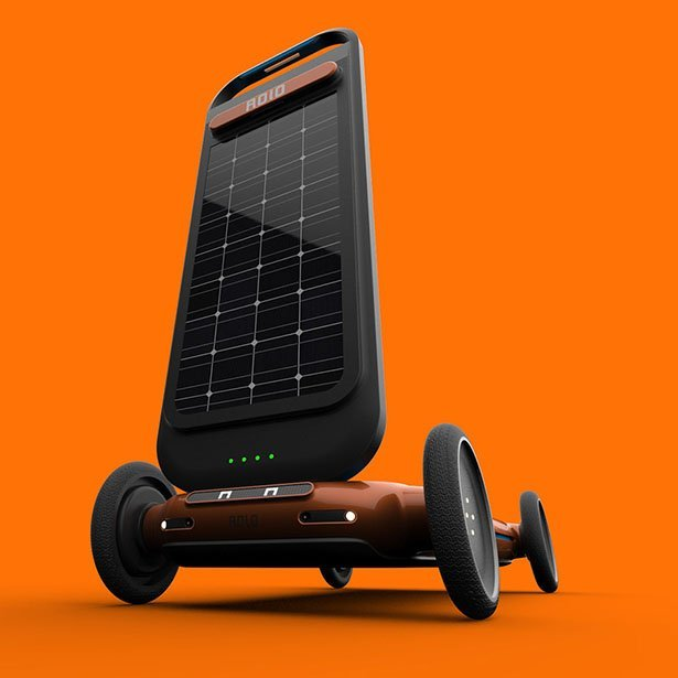 ROLO, autonomous electric scooter equipped with a treadmill