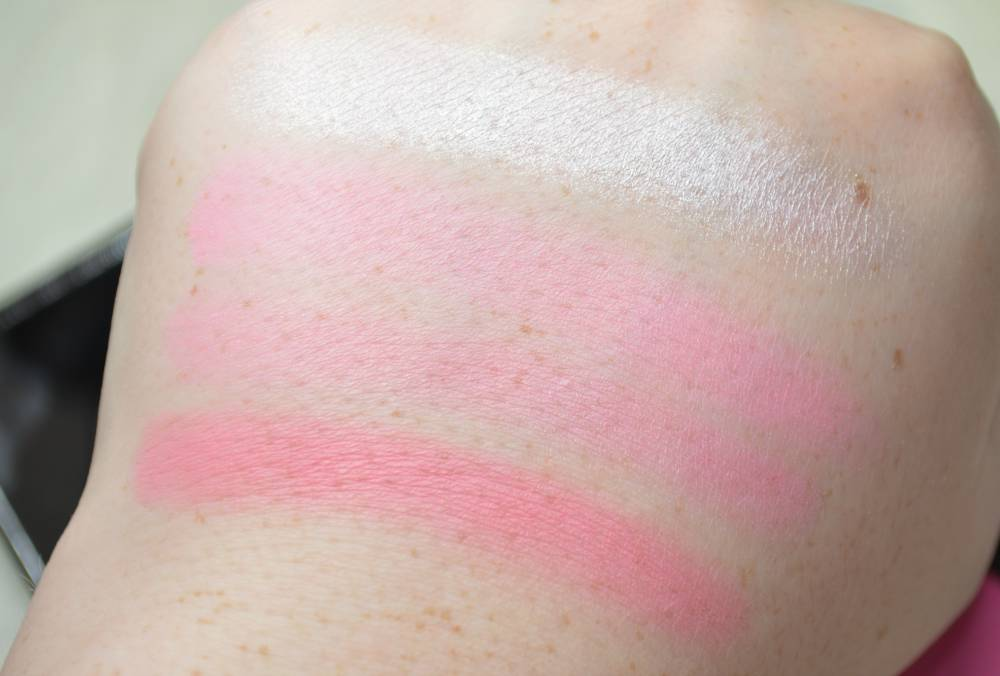 Makeup Revolution All About Pink Ultra Blush Palette