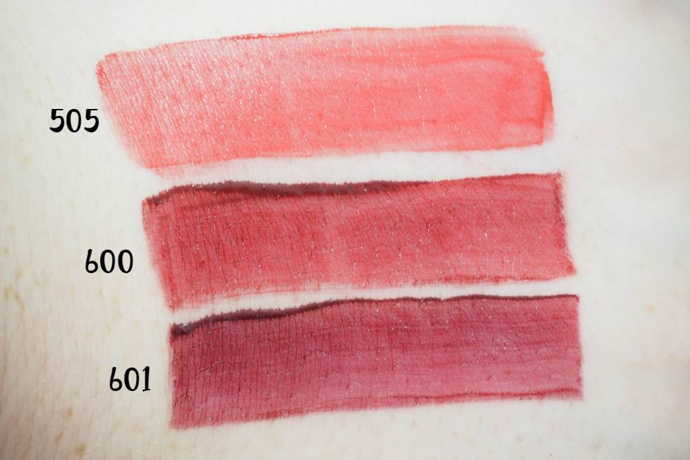 乔治·阿玛尼  唇形磁铁 Second Skin Intense Matte Colors