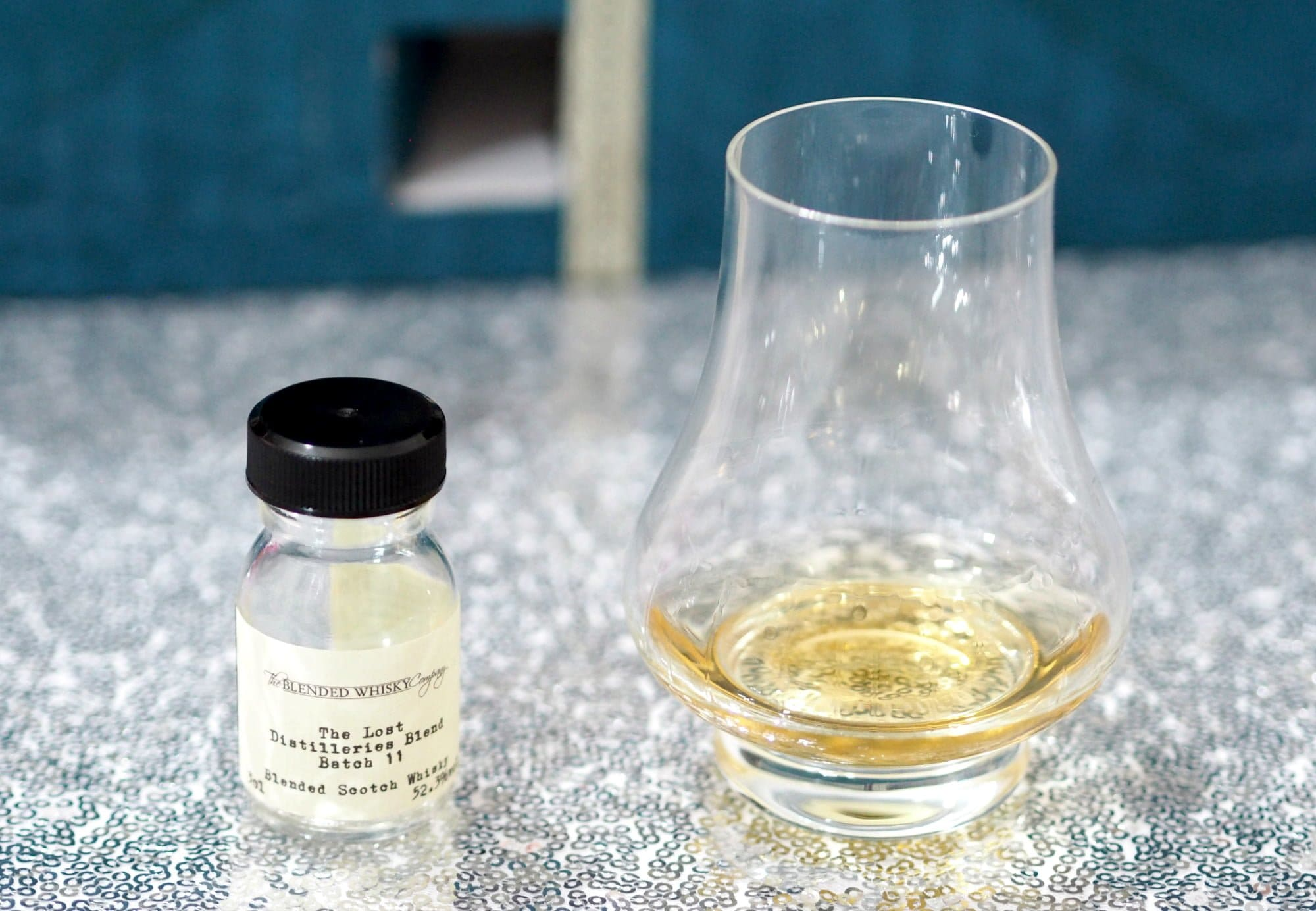 Unboxing and review of the Drinks By The Dram The Scotch Whisky Advent Calendar
