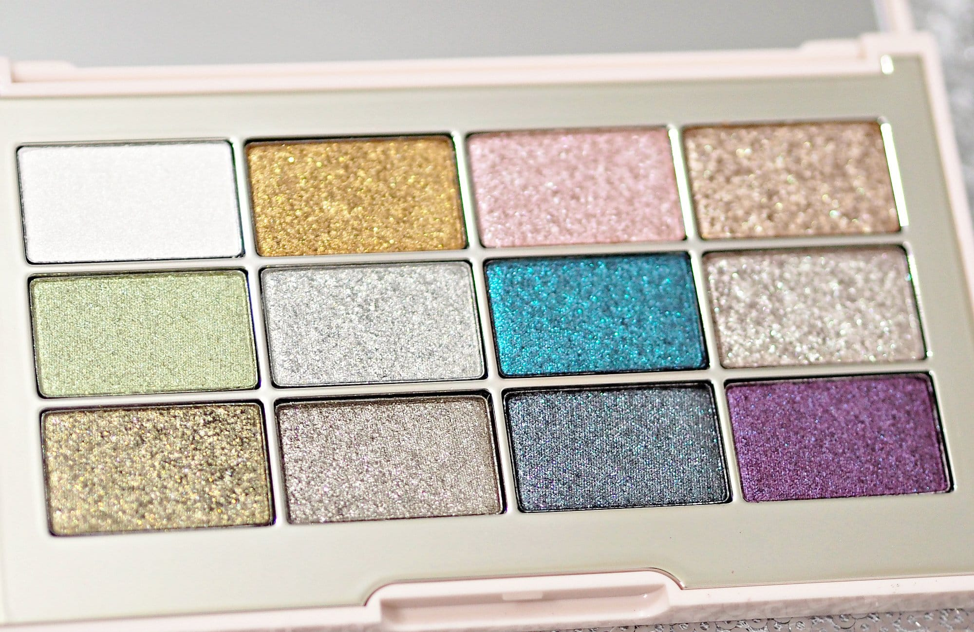Jouer Making Magic Ultra Foil Eyeshadow Palette and Constellation Eye Topper Review and Swatches