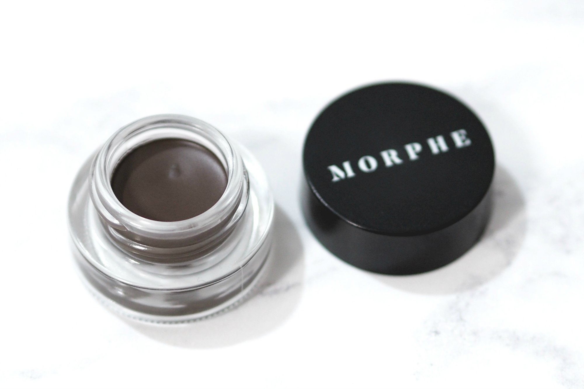 Review and swatches of the Morphe Arch Obsessions Brow Kit in the shade Chocolate Mousse