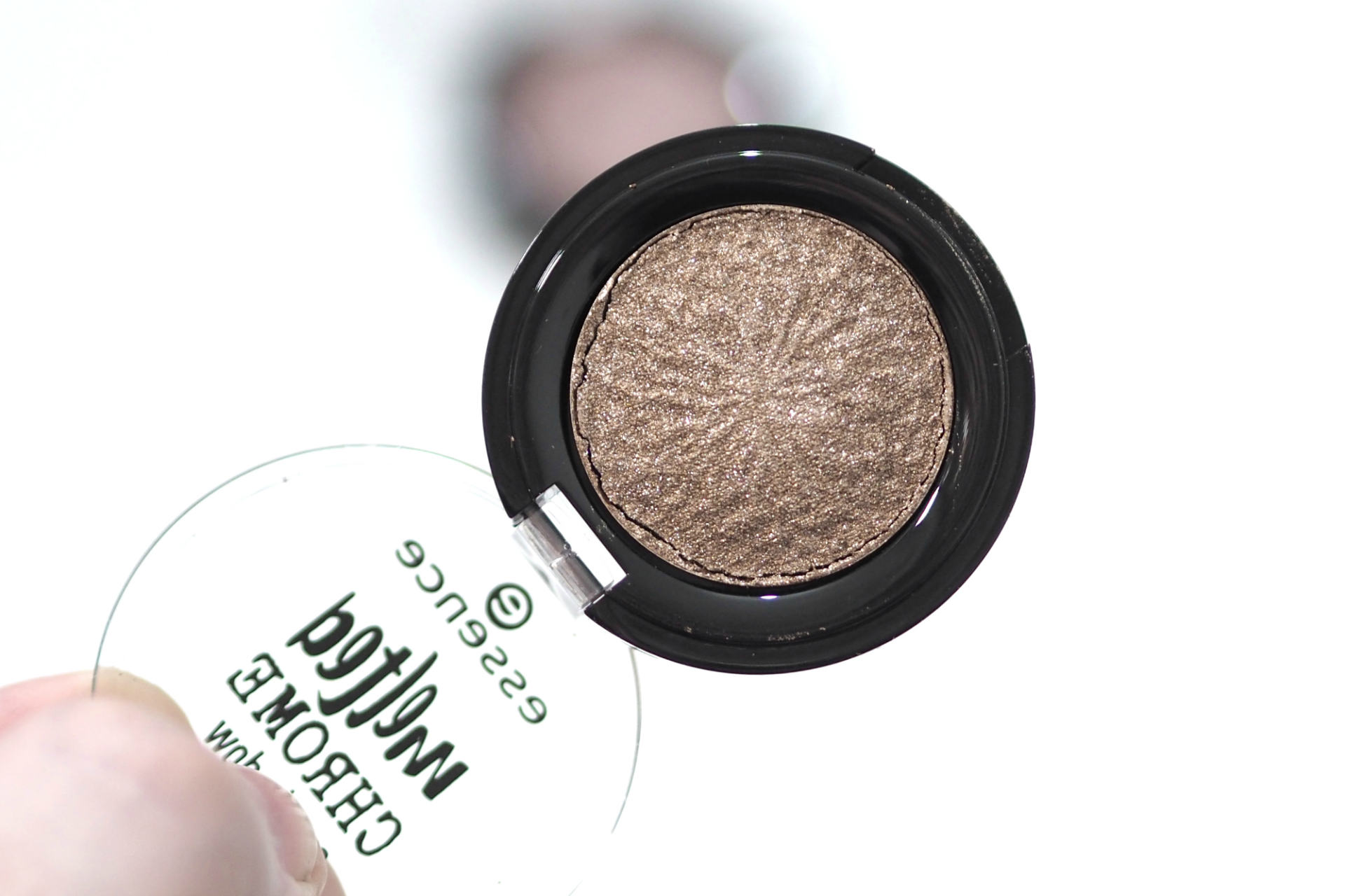 Essence Melted Chrome Eyeshadows Review and Swatches