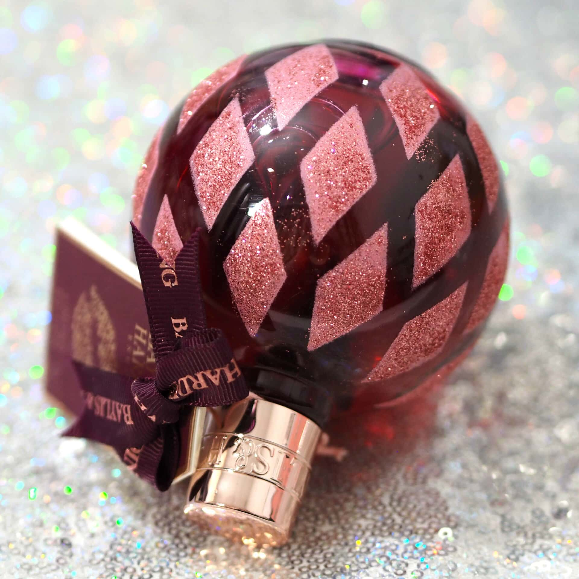Baylis & Harding Cranberry Martini Bath Bauble