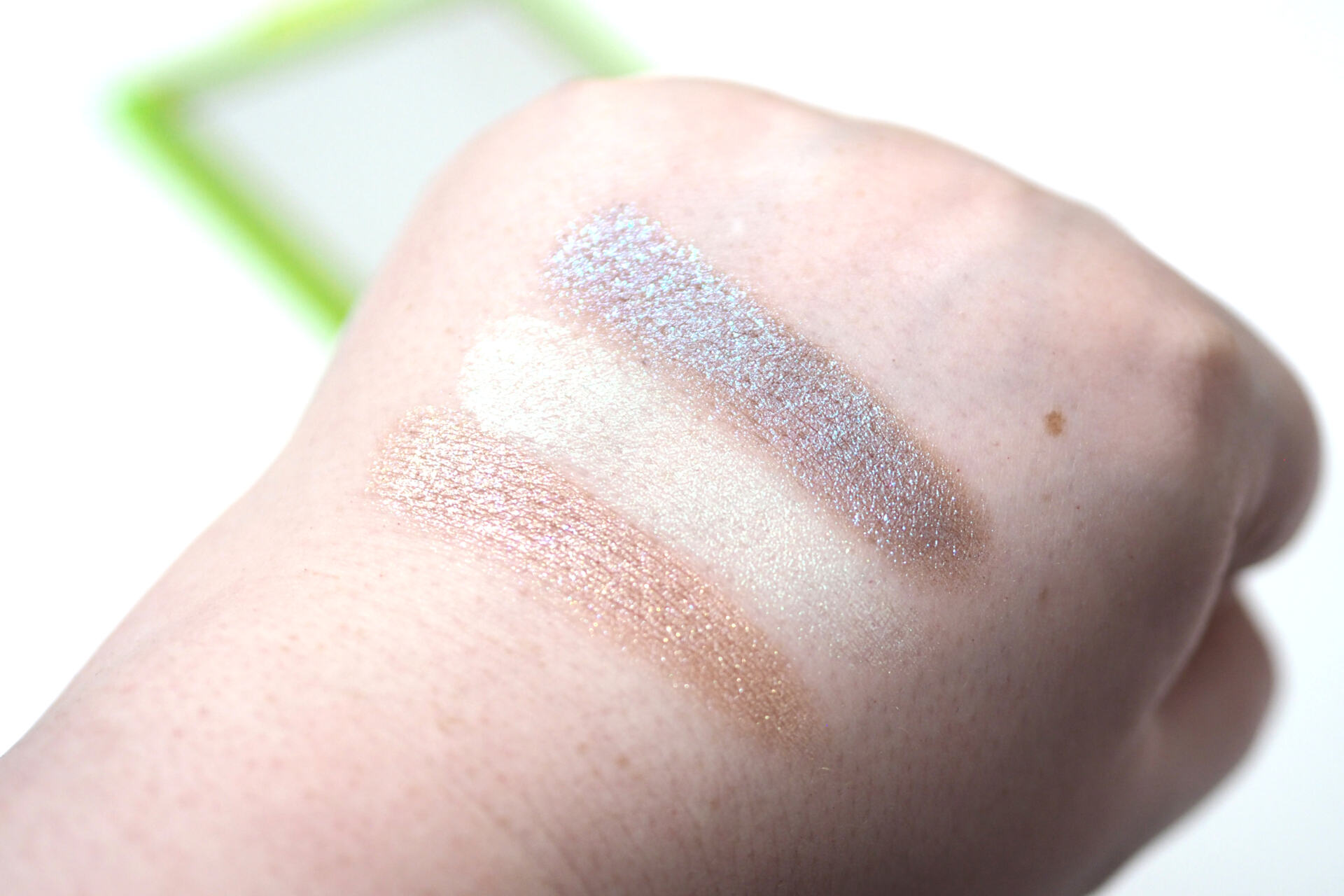 Huda Beauty Neon Green Neon Obsessions Palette Review Swatches