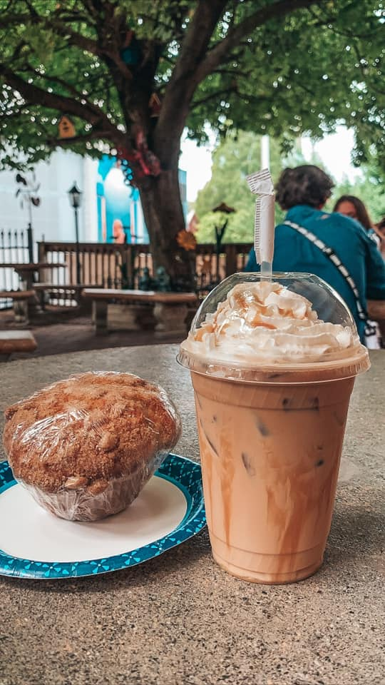muffin and coffee from Double D's