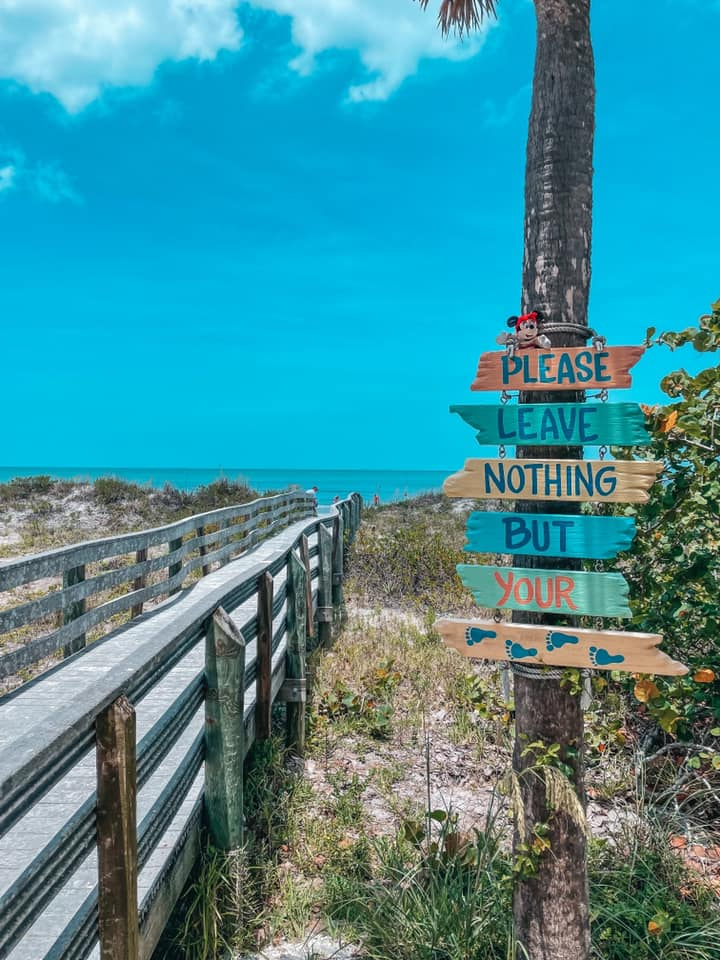 Leave nothing but your footprints sign at Indian Rocks Beach boardwalk
