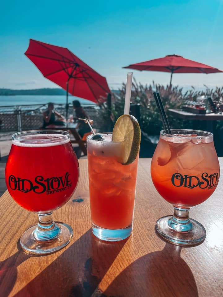 Cocktails outside at Old Stove Brewing