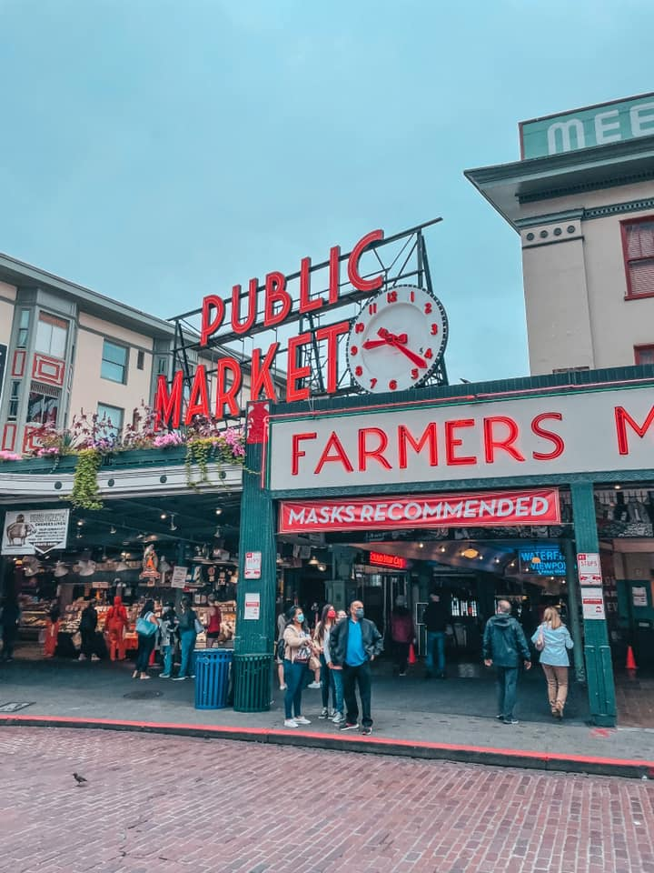 """Pike Place Market """"Public Market"""" sign for Seattle Itinerary"""