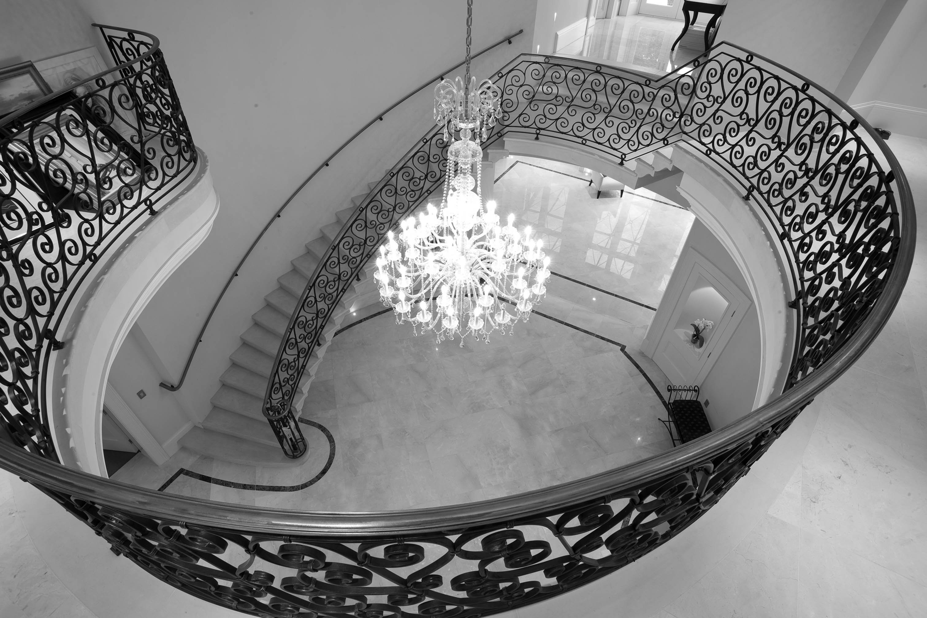 15. Cantilever stone staircase with solid stone in-flight gallery – Belfast