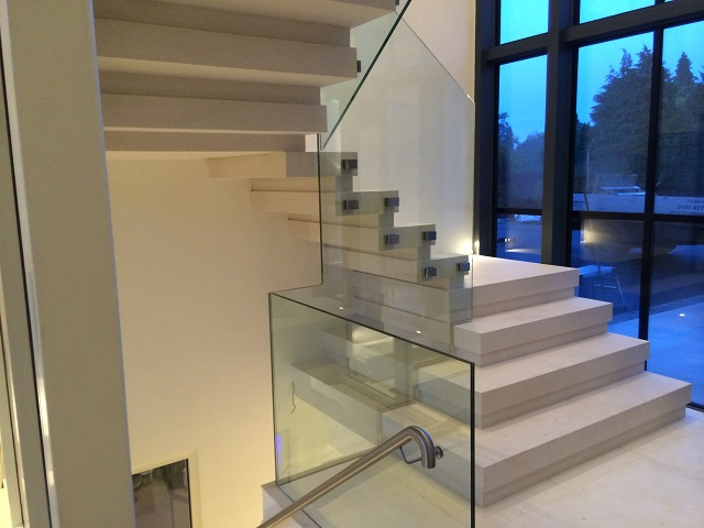 57. Steel Supported Moleanos Staircase – Surrey