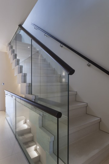 68. Anstrude Double flight Cantilever Staircase – London Townhouse