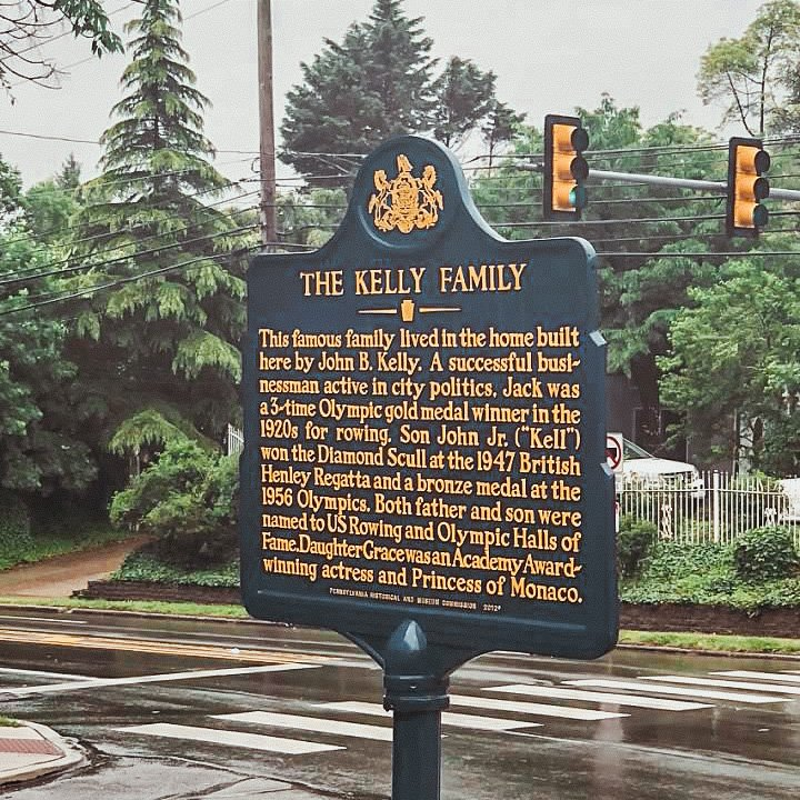 The Kelly Family historical site placard