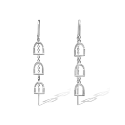 The Breeze Stirrup Thread Earrings Are Made From Sterling Silver & Feature The Thread Style Earring With Silver Chain And Silver Stirrups._0
