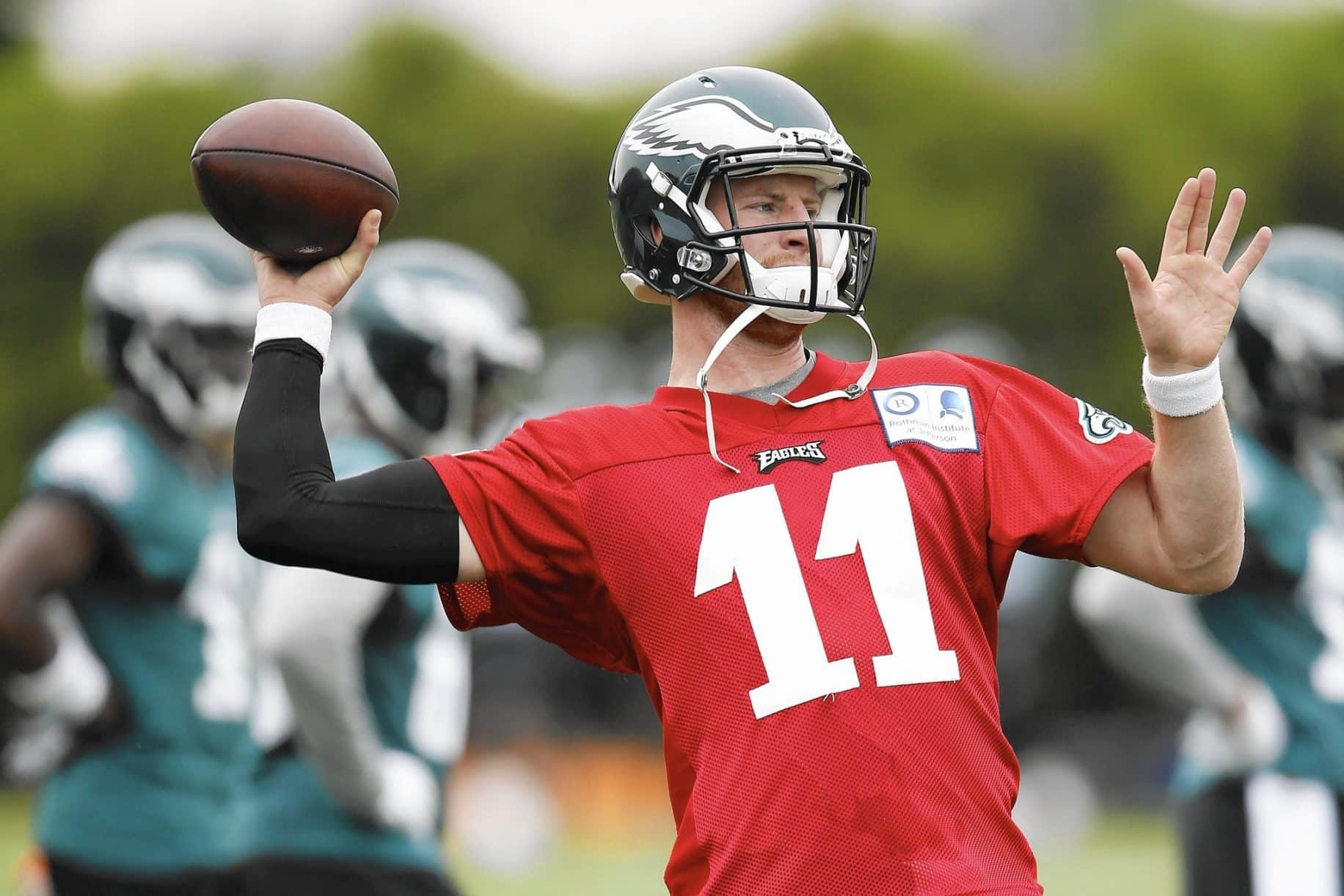 Carson Wentz Out With Fractured Rib