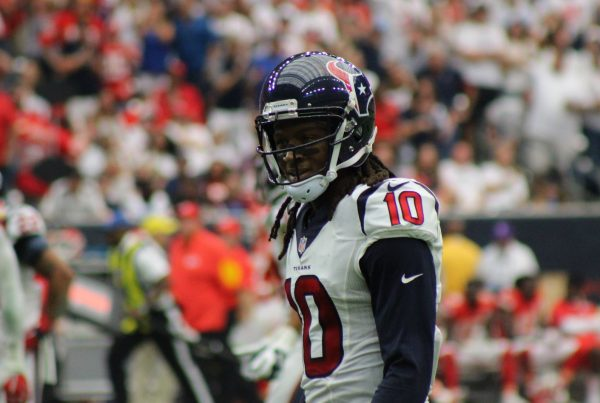 Houston Texans Wide Receiver DeAndre Hopkins. Photo Credit: Victor Araiza | Under Creative Commons License