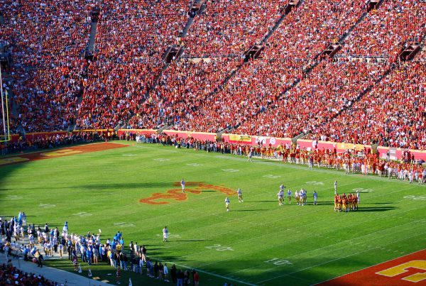 USC Trojans And The LA Coliseum. Photo Credit: Eric Chan | Under Creative Commons License