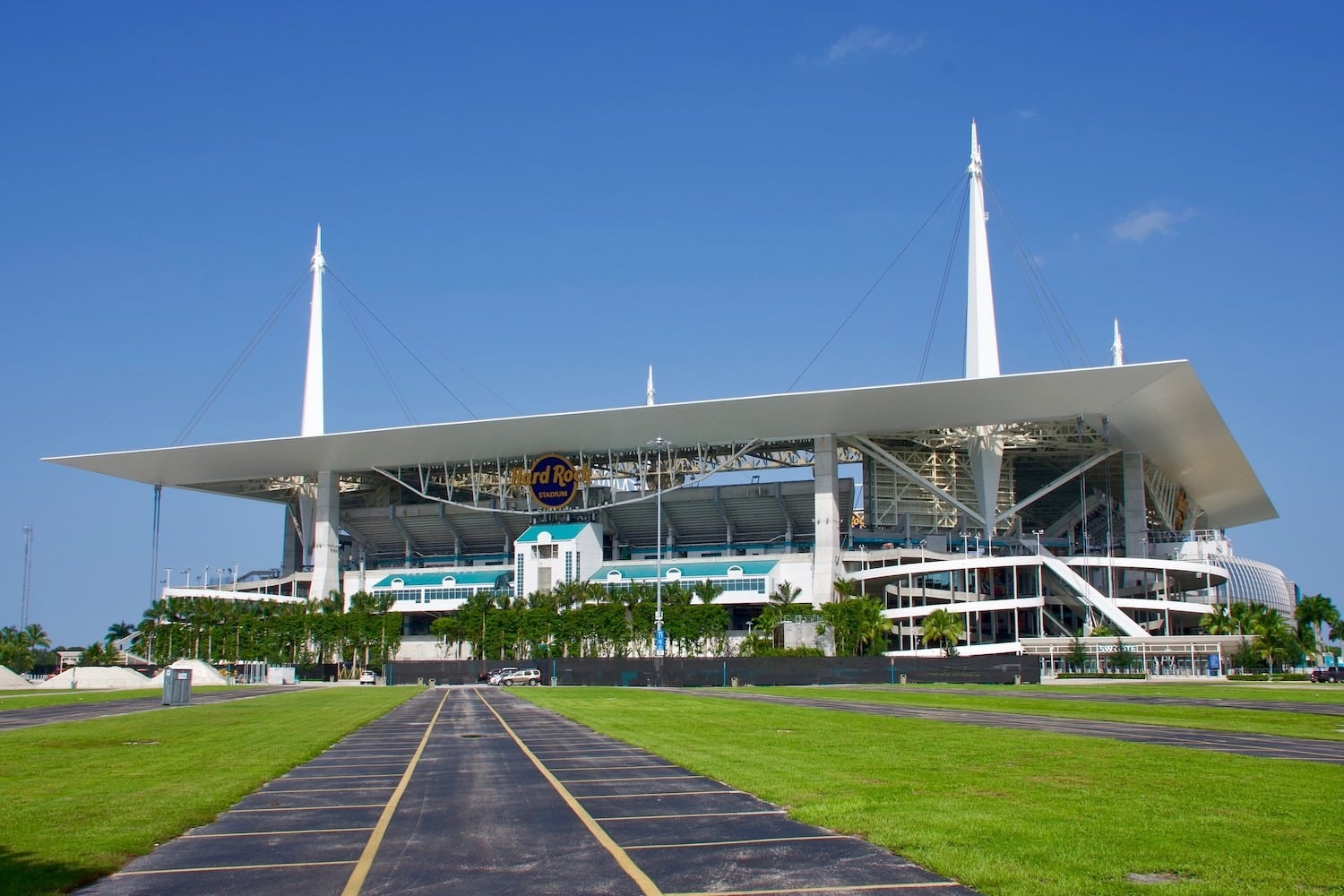 Hard Rock Stadium, Home Of The Miami Dolphins. Photo Credit: Valerie | Under Creative Commons License