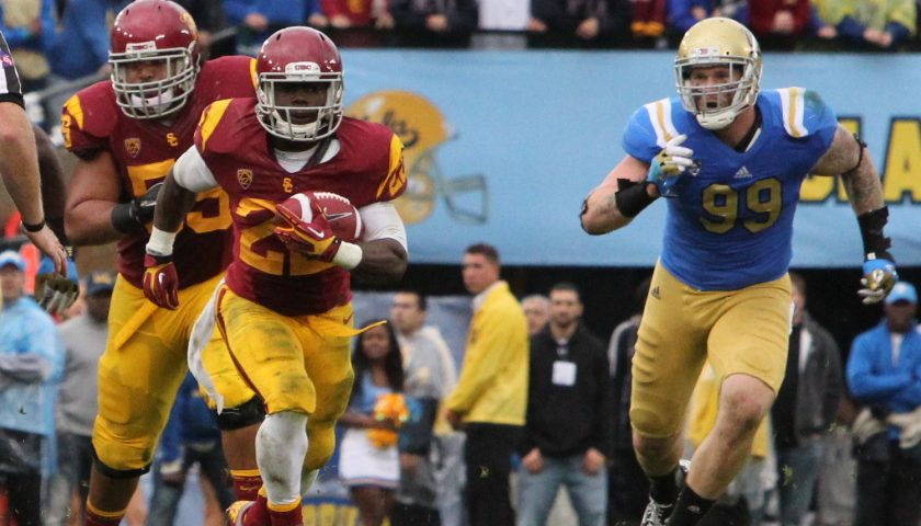 USC Vs UCLA At The Rose Bowl 2012. Photo Credit: James Santelli | Neon Tommy | Under Creative Commons License