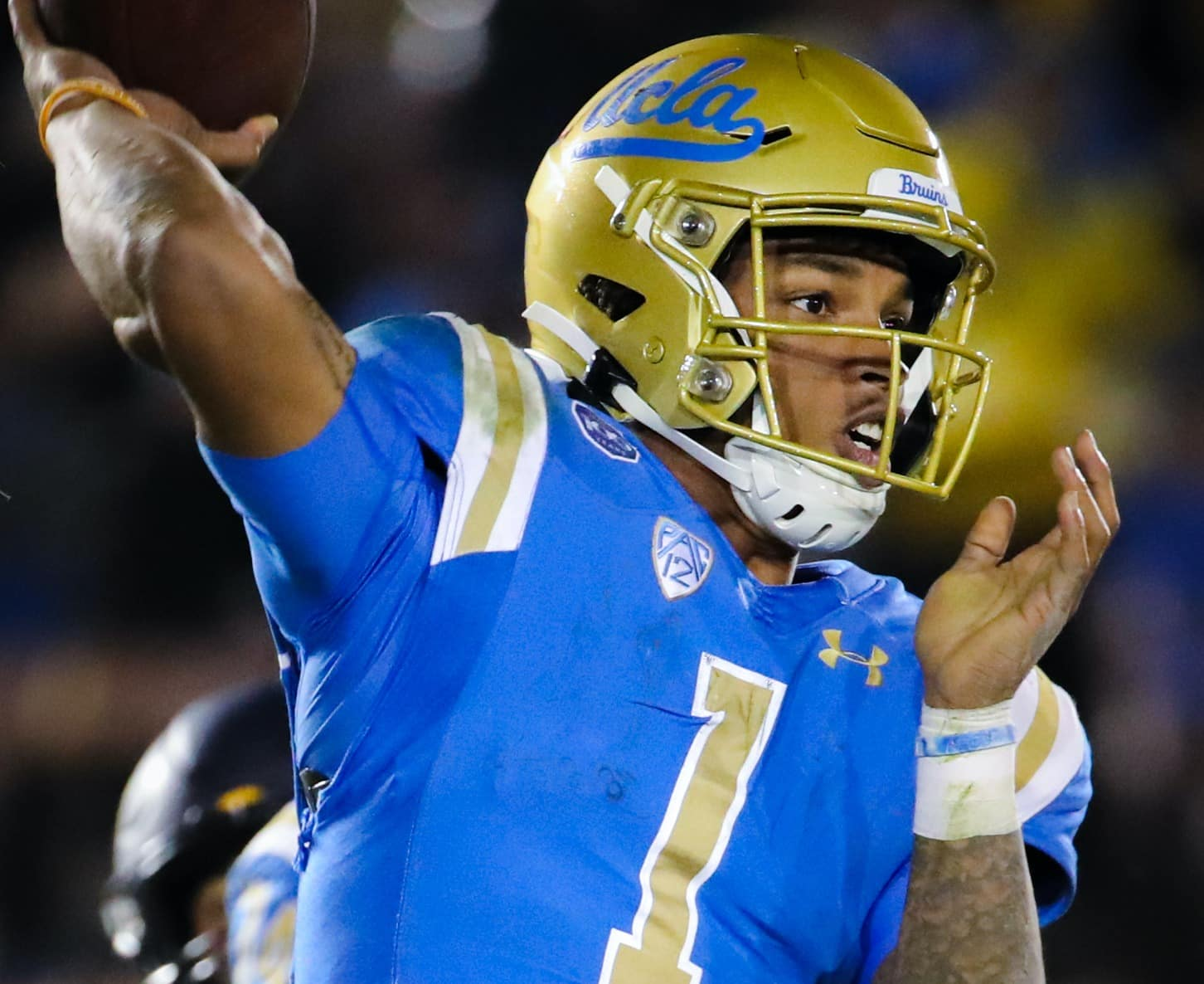 How Can DTR Become A Top QB In The PAC12 This Season?
