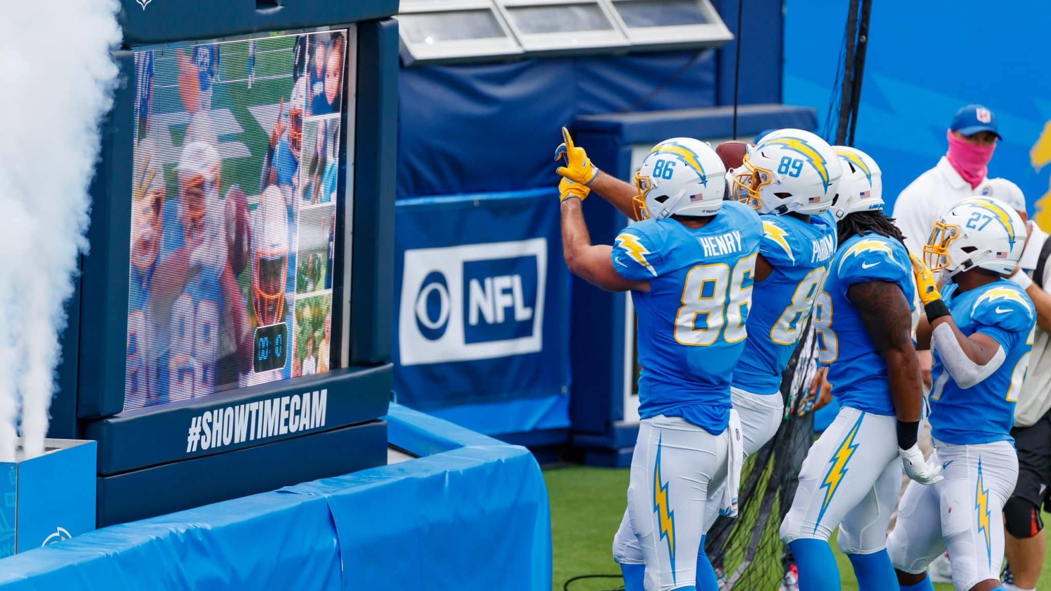 Making The Case For And Against A Hunter Henry Extension