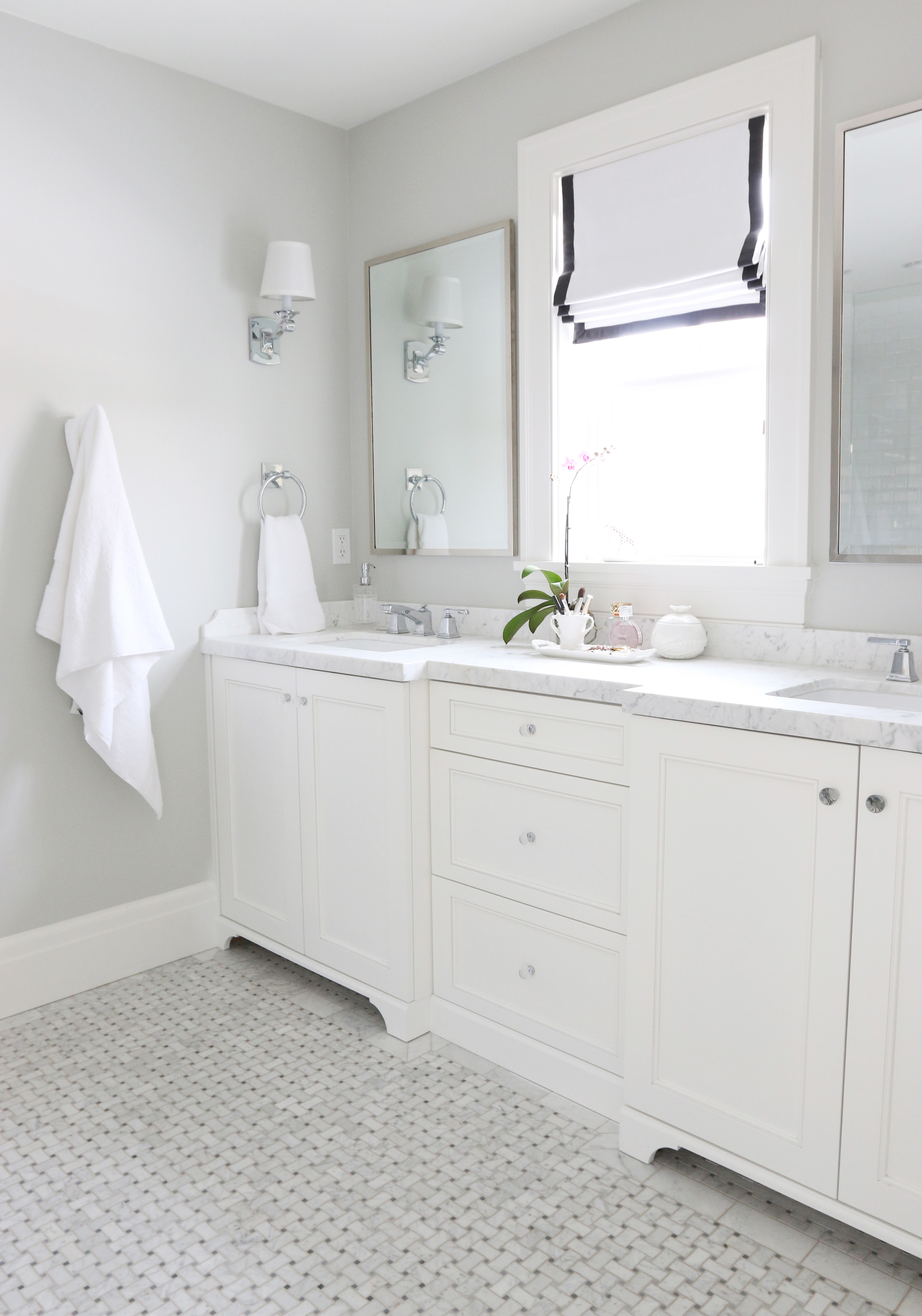 Best Gray Color For Bathroom