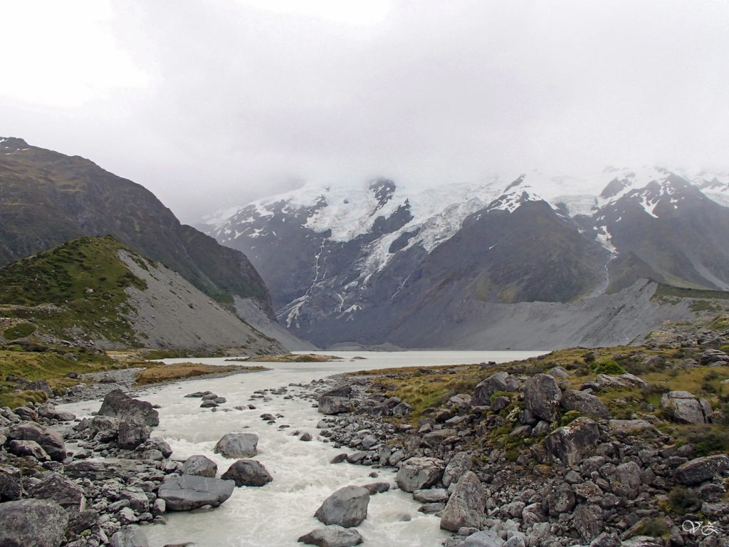 hooker valley new zealand south island