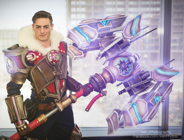 17 Of The Best League Of Legends Cosplays To Appear Online